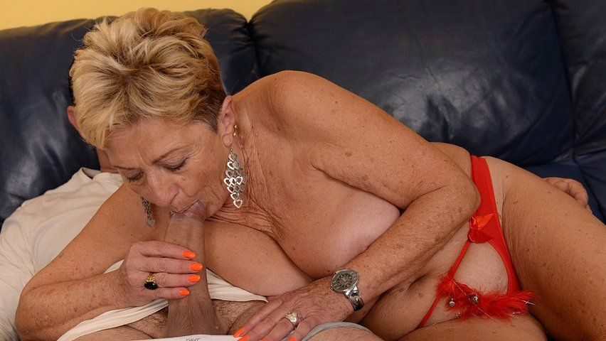 Old Women Sucking Big Dick